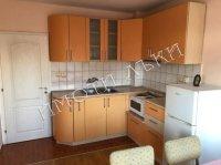 Тристаен апартамент, град Варна, Колхозен пазар