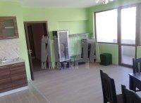 Тристаен апартамент, град Варна, Център