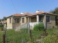 Къща, Област Варна, село Генерал-Кантарджиево