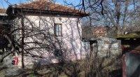 Къща, Област Варна, село Тополи